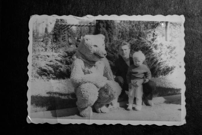 Dziadek Jurek Oryszczyszyn z moim ojcem Henrykiem Oryszczyszynem. Prawdopodobnie Białystok około 1960 r.